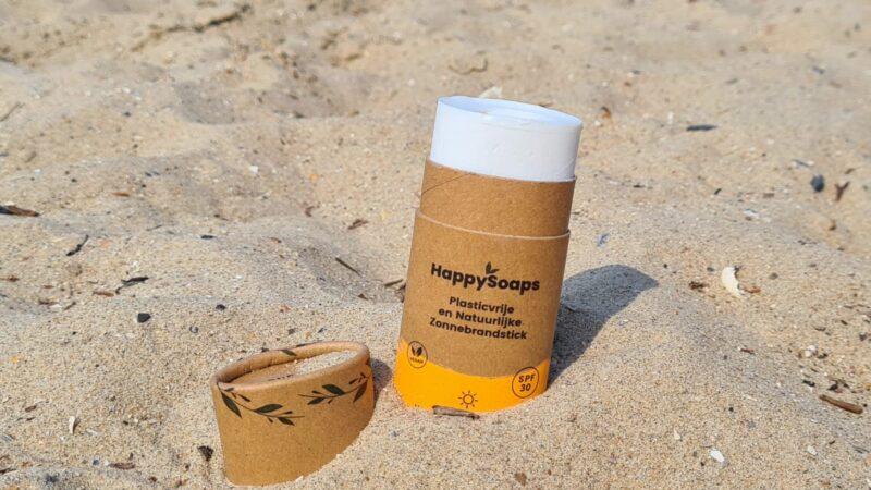 Duurzaam zonnen met zonnebrandstick van HappySoaps
